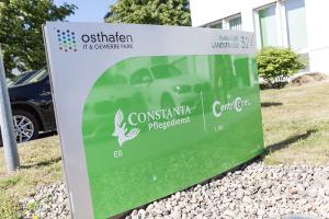 Unser Firmenschild vom Constanta Pflegedienst Frankfurt